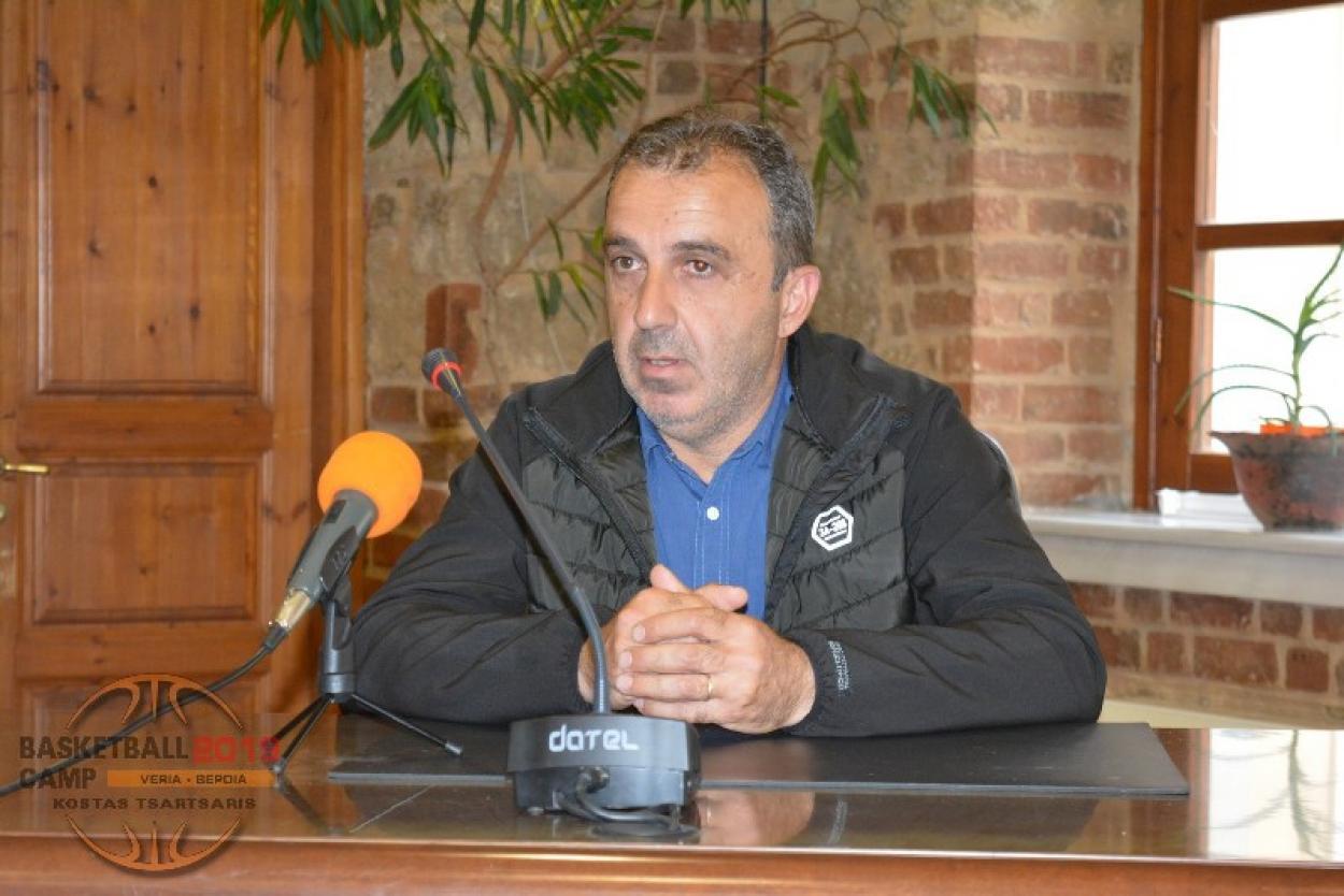"""Σίμος Γαβριηλίδης : """"Στόχος να εγκαινιάσουν οι Αετοί Βέροιας το δικό τους, ιδιόκτητο γήπεδο!"""""""